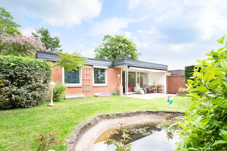 Bungalow mit großen Grundstück in Hamburg-Rahlstedt zu verkaufen!