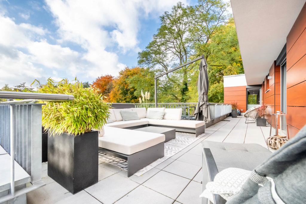 Terrasse Lounge Immobilienmakler für Alsterdorf