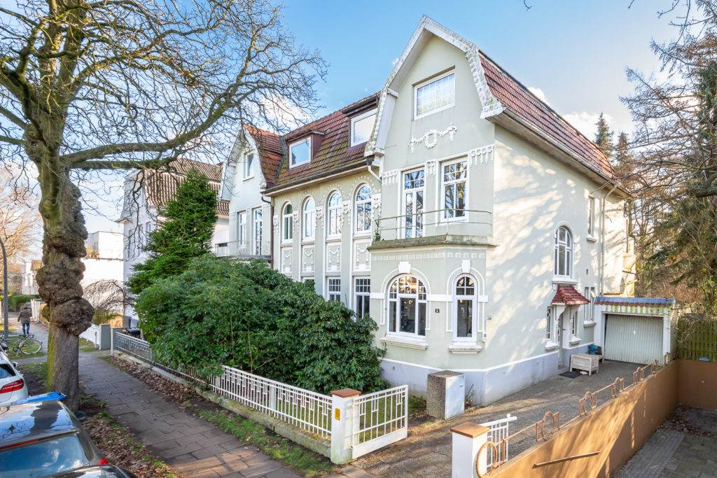 Haus Doppelhaushälfte in Groß Borstel zu verkaufen Stark Immobilien Hamburg